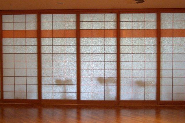 Asiatische Trennwand shoji japanische schiebetüren mit japanpapier bespannt takumi